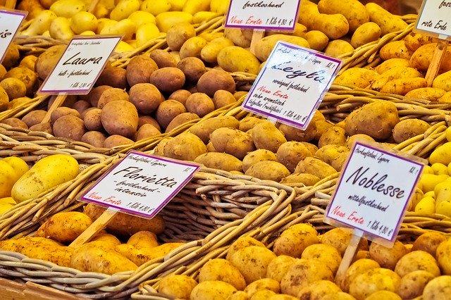 brambory na trhu